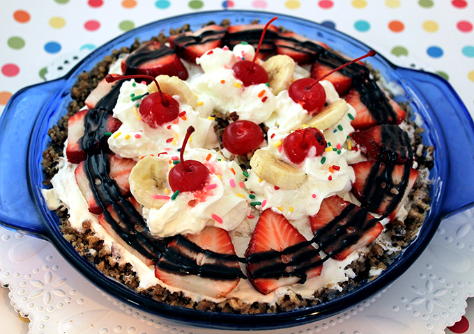 Banana Split No-Bake Pie