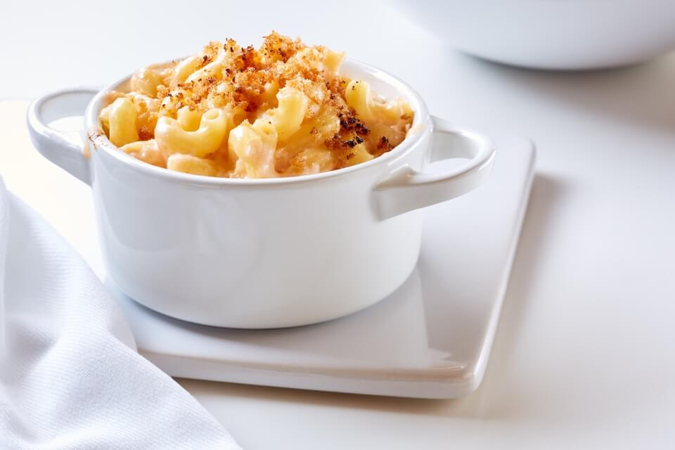 Classic Mac & Cheese with Butter Crunch Topping