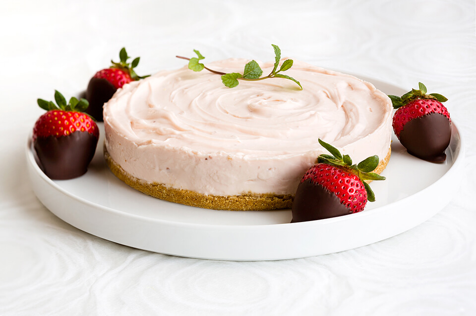 Mini No-Bake Strawberry Cheesecake