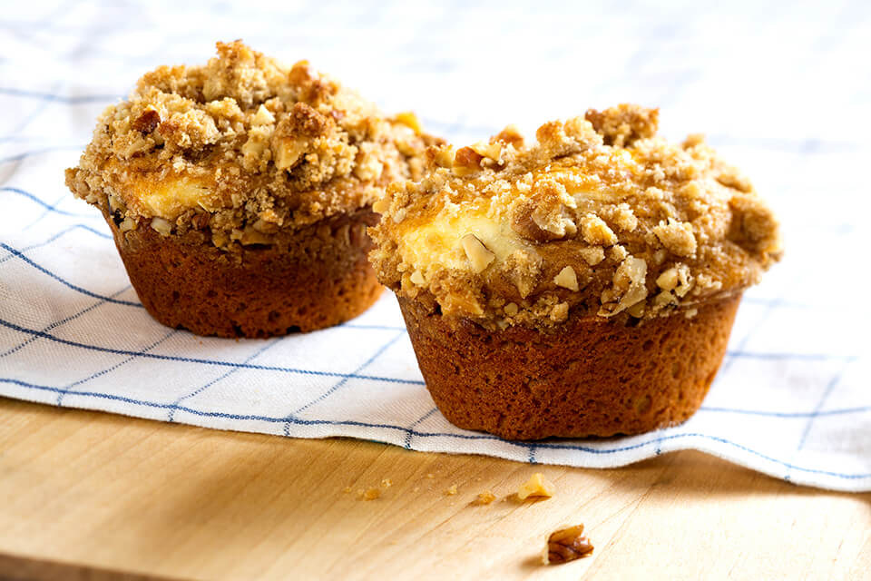 Pumpkin Cream Cheese-filled Muffins